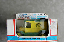 Die Cast 1913 Model T Country Time Delivery Truck