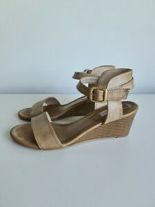 London Rebel Tan Wedge Sandals Sz 8 / 39
