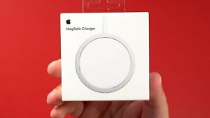 OFFICIAL APPLE MAGSAFE WIRELESS FAST CHARGER SEALED FAST SHIPMENT RRP FROM £38