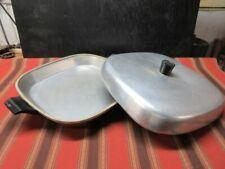 "Vintage cast aluminum dutch oven by Hotpoint - 12"" bu 12"""