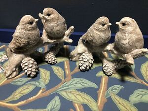 Gisela Graham 2 Sets Of 2 Birds On Branch With Christmas Cones