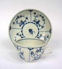 Couvert wallendorf porcelaine pour 1765 tasse