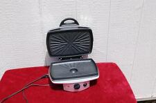 VILLAWARE UNO TWO-WAY GRILL MODEL 2030. Gently used.