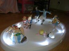 figurine PATINOIRE avec ses 6 figurines -2003- leblon delienne, asterix
