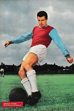 Football Photo>JOHNNY BYRNE West Ham United 1965-66