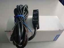 1PC New Omron Photoelectric Sensors E3S-AD63