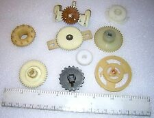 9 Vintage VINTAGE TV Tuner gears and radio pulley From Heathkit/Zenith Admiral