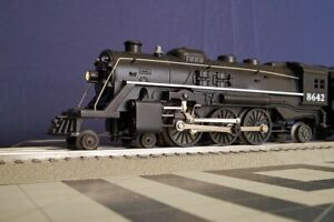 Lionel 4-6-2 Steam Locomotive with Tender - Circa 1995 - O Scale Engine #8642