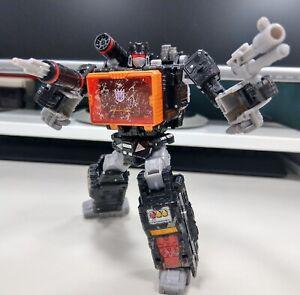 Transformers Siege War For Cybertron SOUNDBLASTER complete voyager