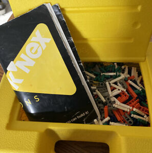 Vintage 1994 Basic Set 30010Of K'NEX With Instructions And Carry Case