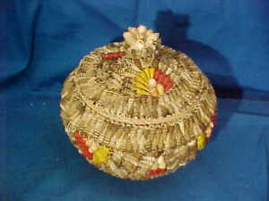 Vintage SEA SHELL Art Decorated COVERED Earthenware JAR