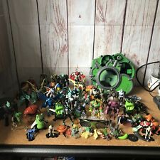 Ben 10 action figures bundle And Creation Chamber