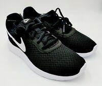 Nike Tanjun Women's 7.5 Black Lace-Up Mesh Lightweight Running Shoes 812655-011