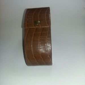 Tommy Bahama Glasses Sunglasses Protective Brown Snap Close Case