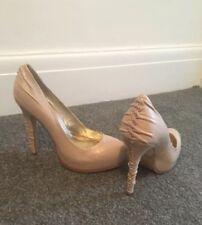 Hermoso Zapato De Plataforma Oculta BN Nude por la fe tamaño 5