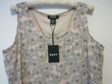 DKNY top size M. New.