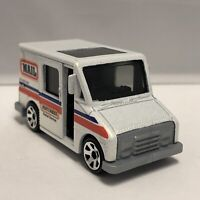 Matchbox White Delivery Service Truck Mail 1:64 Scale Diecast Mattel
