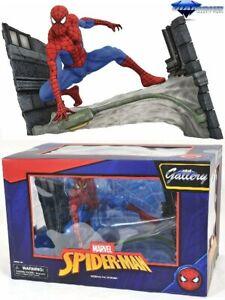 Diamond Select Toys Marvel Comic Gallery Spider-Man Webbing PVC Diorama New
