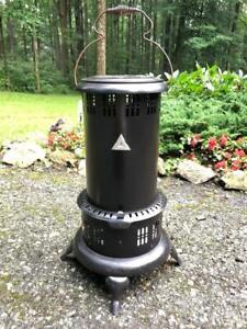 Vintage Antique Working 525M Perfection Oil Kerosene Parlor Cabin Heater Stove !