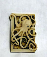 Harmony Kingdom Artist Neil Eyre Designs White Albino Ghost Octopus Magnet