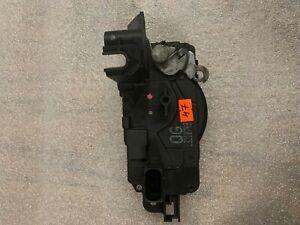 13210749  Opel Astra H, Zafira B Door Lock Door Lock Front Right 13210749 QG