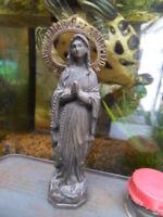 statue regule La Vierge Notre Dame ND de  Lourdes signé LB