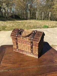 Très vieux panier sac à main Bressan en osier