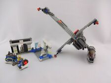 LEGO® Star Wars 7180 B-wing™ at Rebel Control Center