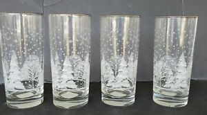 4 Libbey Christmas Winter Snow Frosted Trees Scene w/Gold Trim 16 oz tumblers