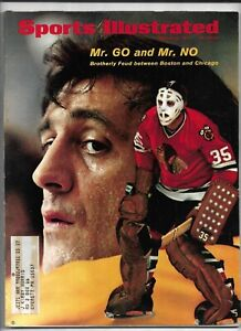 March 29, 1971 Sports Illustrated Magazine----Phil & Tony Esposito   VG