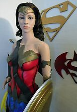 WONDER WOMAN Gadot LIFE SIZE Statue Figure Batman Superman Justice League WOW DC