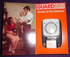 Vintage PYR-A-LARM Smoke Fire Detector GUARDION Model R-1X Made in USA