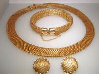 RARE VINTAGE NAPIER GOLD TONE ROUND MESH PARURE! NECKLACE BRACELET & EARRINGS!