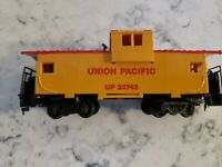 HO Scale Union Pacific UP 25743 caboose.