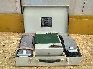 Portable MECHANICAL VENTILATOR Respirator Air Oxygen New Old Stock