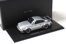 1:43 Kyosho Porsche 911 930 Turbo 3.3 silver 1988 NEW bei PREMIUM-MODELCARS