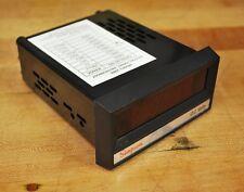 Simpson Model 2866 Digital Panel Meter Catalog # 24603, 5VDC, 200v - NEW