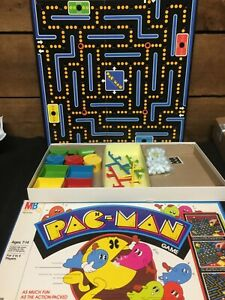 VGC  100% COMPLETE Vtg Milton Bradley PAC-MAN BOARD GAME Rare 1980 Green Ghosts