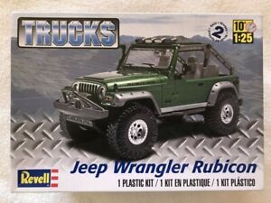 Revell 1/25 Jeep Wrangler Rubicon plactic model kit 4053