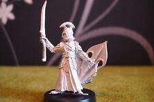 Warhammer LOTR-elfo noble capitán con espada (metal raro Pose)