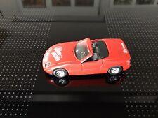 BMW Z1  Metall Auto mit Plastikteilen  ca 1:43 in Rot...Sound Machine...
