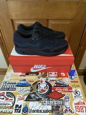 *NIKE AIR MAX 1 ESSENTIAL ALL BLACK BRAND NEW (DS) UK 10*