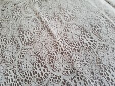 White Lace Look Tablecloth Overlay 100 ft Plastic Banquet Table Roll ~ Wedding