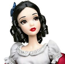 Disney 2017 Snow White Collector's Doll17 Limited Edition of 6500 Brand new Mint