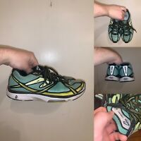 Newton Kismet 4 Womens Size 9 Running Shoes Green Black Lace Up Comfort Logo