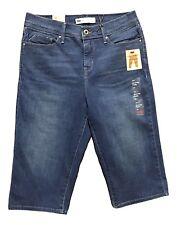 Levi's 512 Size 8P Medium Blue Figure Enhancers Tummy Slimming Skimmer Shorts