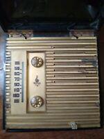 RARE VINTAGE EMERSON BAKELITE AM TUBE BATTERY RADIO MODEL NO. 570 574 580