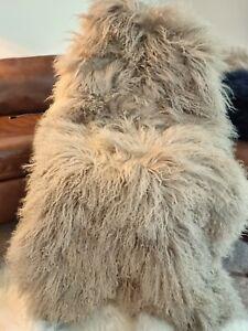 100%  Luxury Mongolian fur Throw/Rug Mink-Latte colour. 120cm.