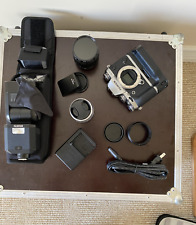 Fujifilm X-T1 16.3MP Mirrorless Digital Camera - Graphite Silver PACKAGE