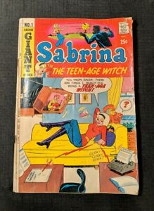 Sabrina the Teen-Age Witch Comic (1971) #1 First Solo Series Archie Giant. Fair